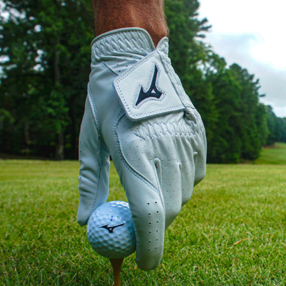 Gloves from Mizuno Golf